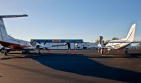 Cutter Aviation Phoenix Deer Valley AZ (DVT) FBO Ramp